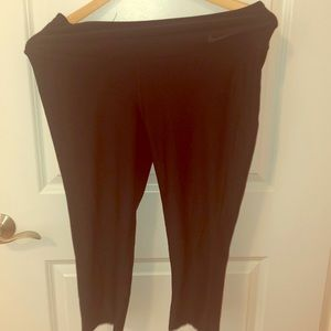 Nike yoga Capris size large leggings